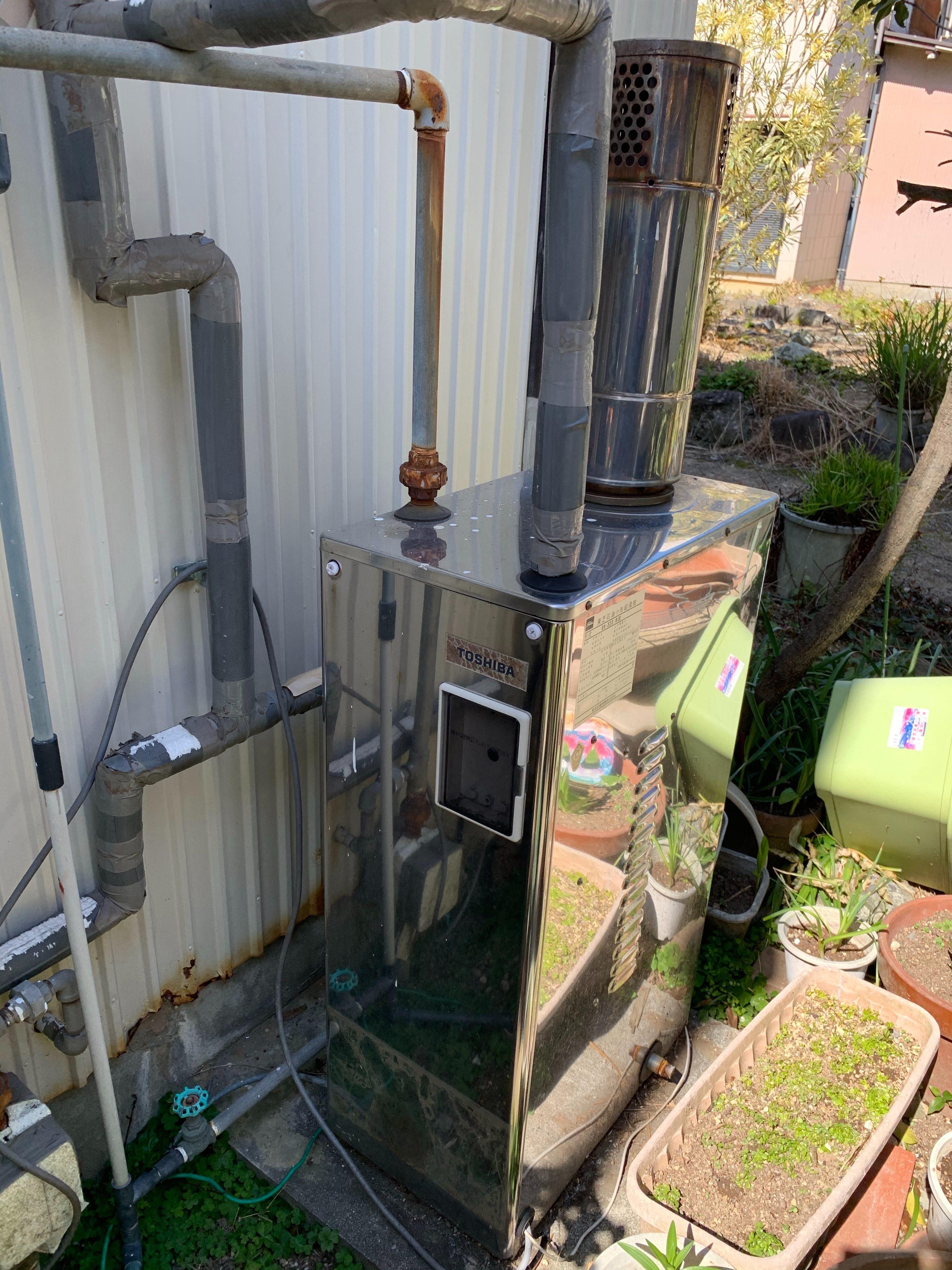 静岡市にて石油給湯器交換工事のご依頼